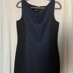 Tahari dress 12 navy/black